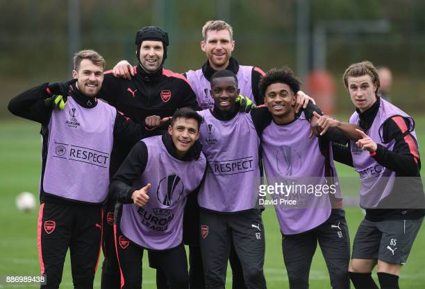 Aaron Ramsey Petr Cech Alexis Sanchez Per Mertesacker Eddie Nketiah Reiss Nelson and Ben Sheaf of Arsenal during the Arsenal training session on the...
