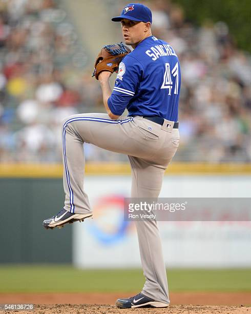 Aaron Sanchez of the Toronto Blue Jays pitches against the Chicago White Sox on June 24 2016 at US Cellular Field in Chicago Illinois The White Sox...