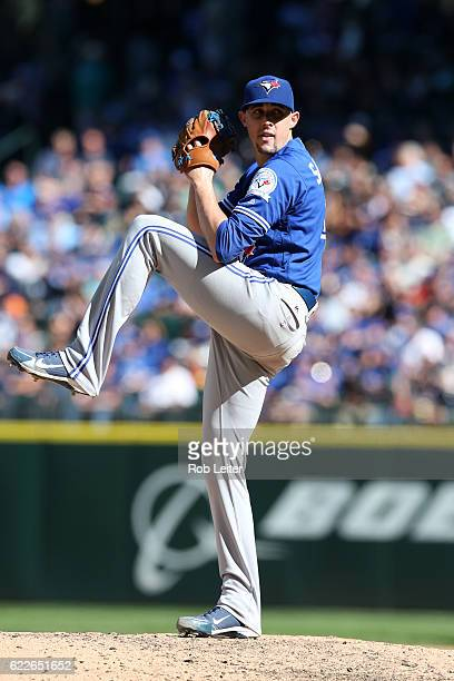 Aaron Sanchez of the Toronto Blue Jays pitches during the game against the Seattle Mariners at Safeco Field on September 21 2016 in Seattle...