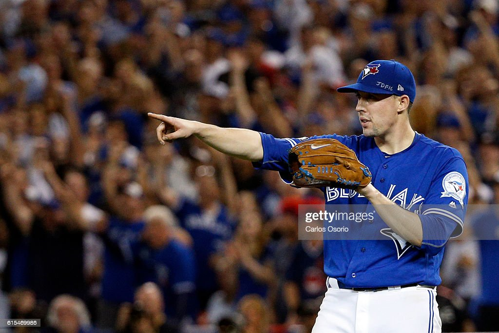 Jays play Cleveland in game 4 of the ALCS in Toronto : News Photo