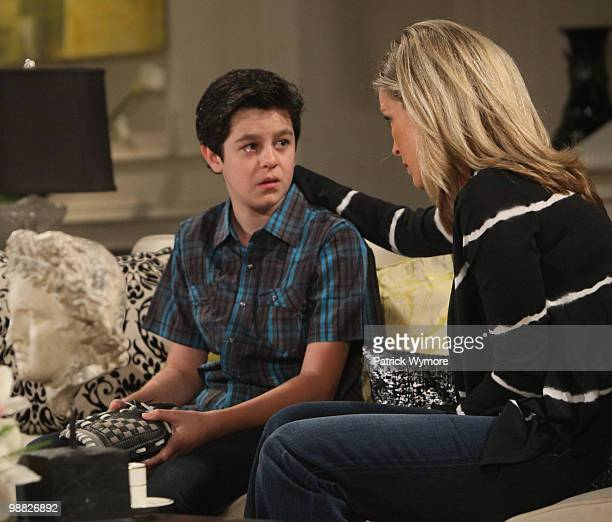 HOSPITAL Aaron Sanders and Laura Wright in a scene that airs the week of May 10 2010 on ABC Daytime's 'General Hospital' 'General Hospital' airs...