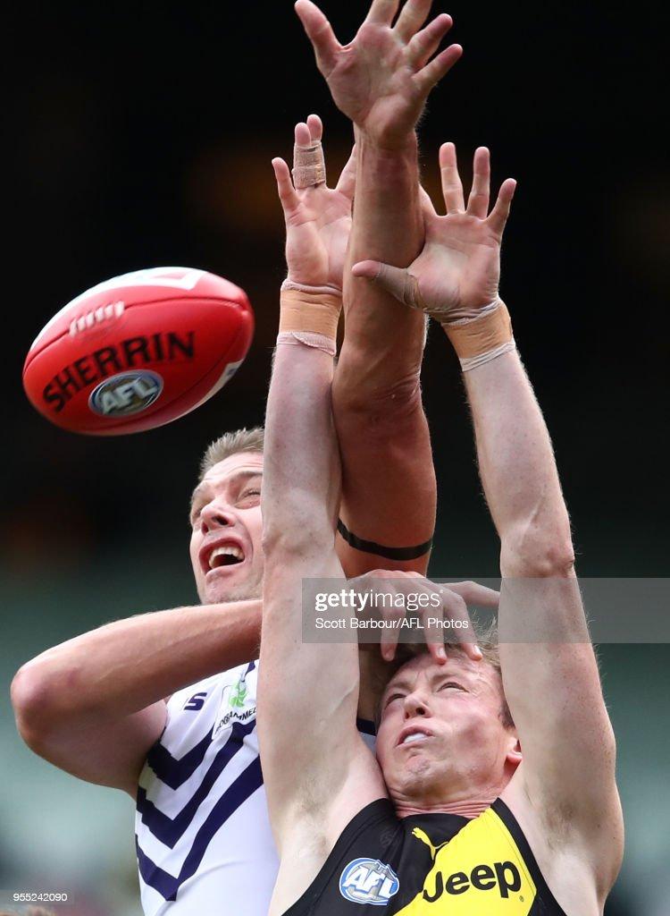 AFL Rd 7 - Richmond v Fremantle : News Photo