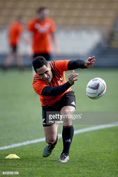Aaron Smith of the All Blacks passes during the New Zealand All Blacks training session at Yarrow Stadium on September 7 2017 in New Plymouth New...