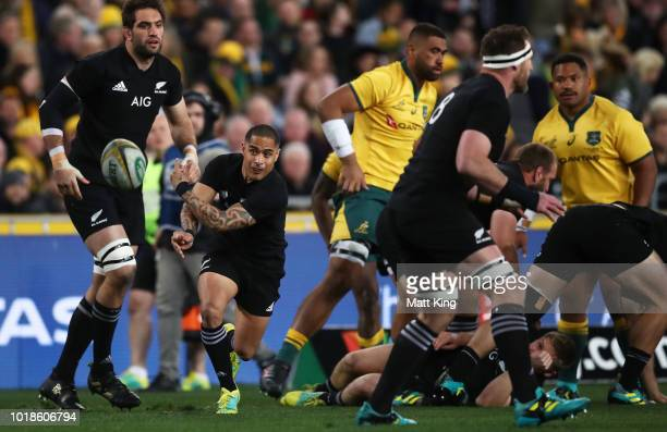 Aaron Smith of the All Blacks passes during The Rugby Championship Bledisloe Cup match between the Australian Wallabies and the New Zealand All...
