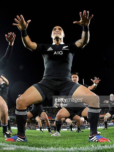 Aaron Smith of the All Blacks performs the haka during the Rugby Championship match between the New Zealand All Blacks and the South African...