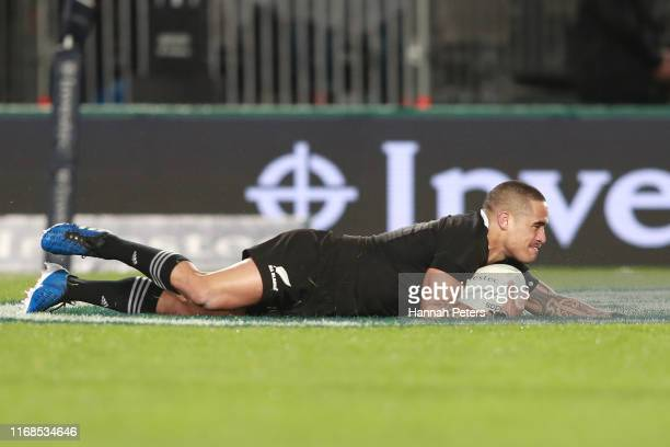 Aaron Smith of the All Blacks scores a try during The Rugby Championship and Bledisloe Cup Test match between the New Zealand All Blacks and the...