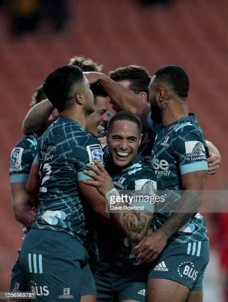 Aaron Smith of the Highlanders celebrates with his team after a last minute win in the round 6 Super Rugby Aotearoa match between the Chiefs and the...