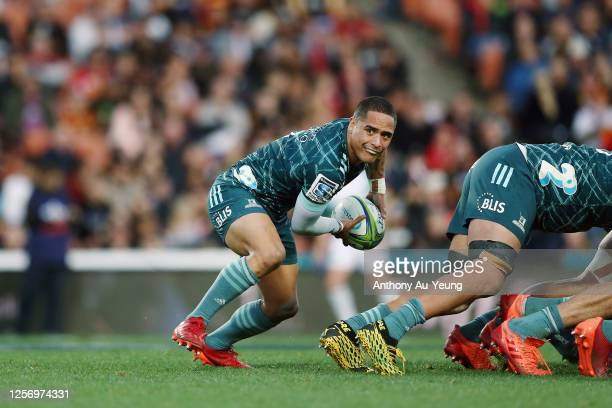 Aaron Smith of the Highlanders in action during the round 6 Super Rugby Aotearoa match between the Chiefs and the Highlanders at FMG Stadium Waikato...