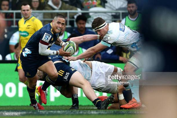 Aaron Smith of the Highlanders in action during the round 8 Super Rugby Aotearoa match between the Highlanders and the Blues at Forsyth Barr Stadium...