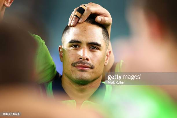Aaron Smith of the Highlanders looks dejected after defeat during the Super Rugby Qualifying match between the Waratahs and the Highlanders at...