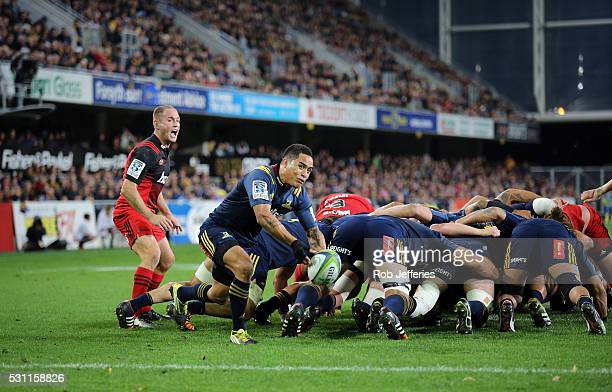 Aaron Smith of the Highlanders passes the ball during the round twelve Super Rugby match between the Highlanders and the Crusaders at Forsyth Barr...