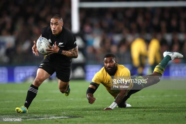 Aaron Smith of the New Zealand All Blacks breaks away during The Rugby Championship game between the New Zealand All Blacks and the Australia...