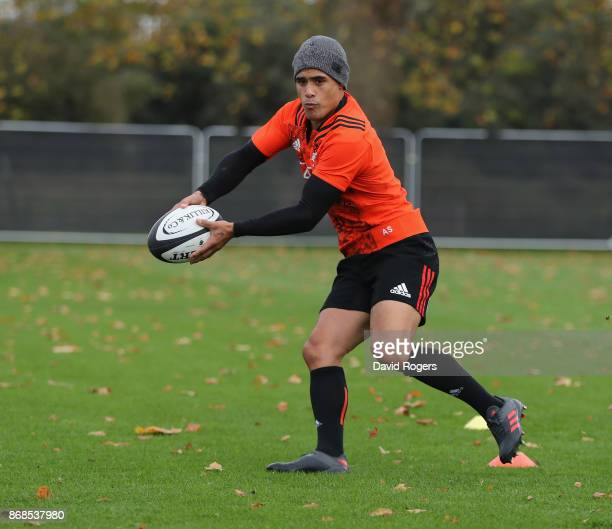Aaron Smith passes the ball during the New Zealand All Blacks training session held at the Lensbury on October 31 2017 in London England