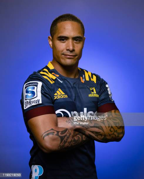 Aaron Smith poses during the Highlanders headshots session on November 28, 2019 in Dunedin, New Zealand.