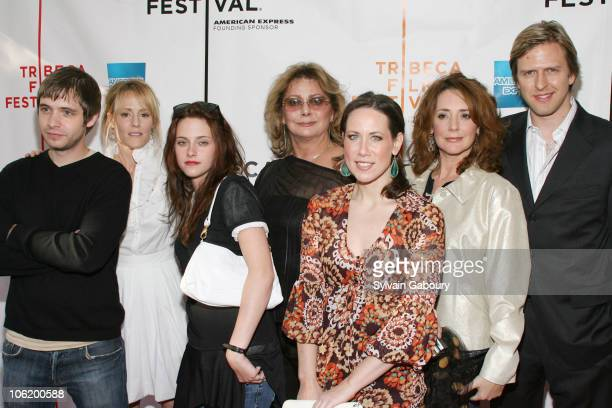 Aaron Stanford, Mary Stewuart Masterson, Kristen Stewart, Elizabeth Ashley, Miriam Shor, Talia Balsam and Jayce Bartok
