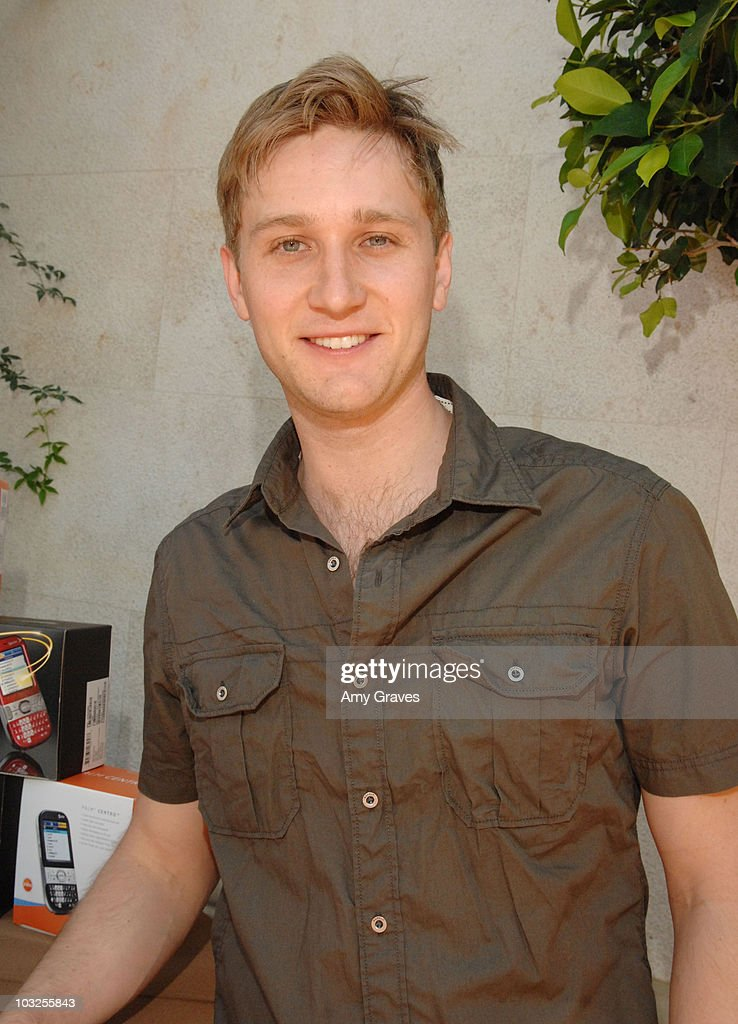 Aaron Staton Attends Palm Centro At The Kari Feinstein MTV Movie