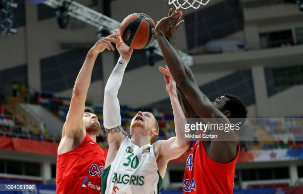 Aaron White #30 of Zalgiris Kaunas competes with Othello Hunter and Alec Peters #5 of CSKA Moscow in action during the 2018/2019 Turkish Airlines...