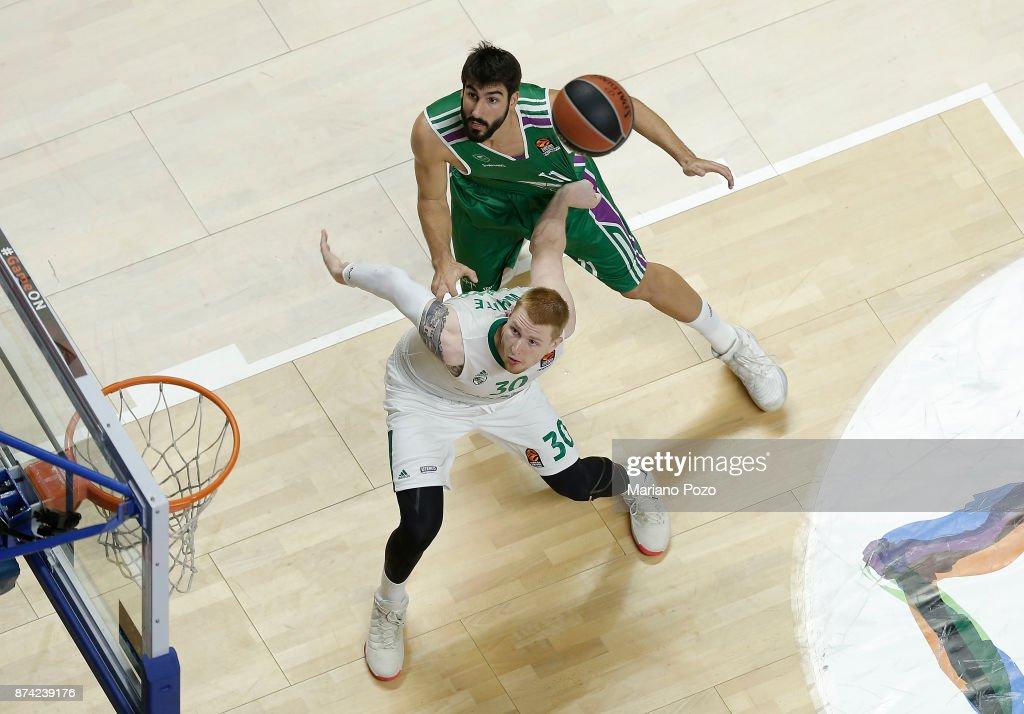 Aaron White, #30 of Zalgiris Kaunas in action during the 2017/2018 Turkish Airlines EuroLeague Regular Season Round 7 game between Unicaja Malaga and Zalgiris Kaunas at Martin Carpena Arena on November 14, 2017 in Malaga, Spain.
