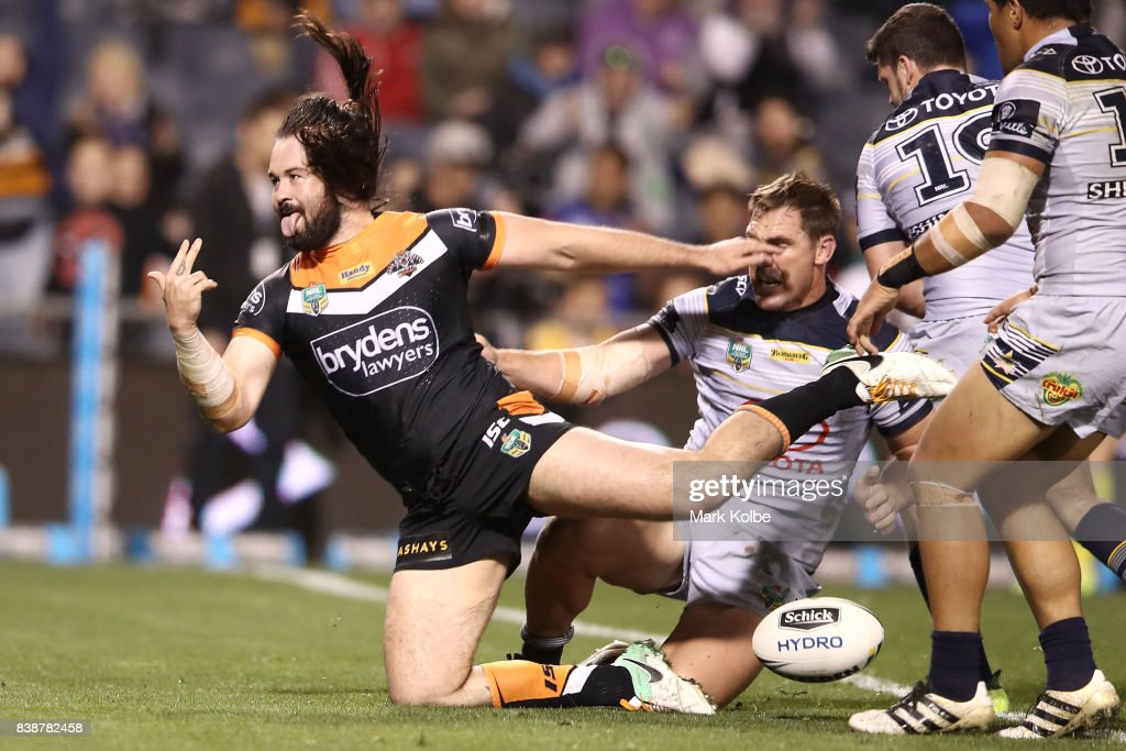 NRL Rd 25 - Wests Tigers v Cowboys