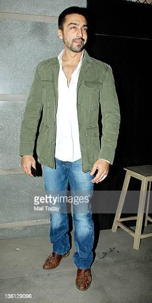 Aashish Chaudhary arrives at Jacky Bhagnani birthday bash at Bandra in Mumbai on Sunday