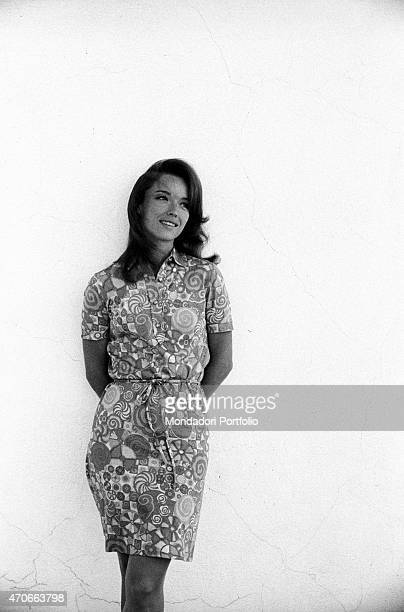 'Aba Cercato judged the best RAI announcer for her accuracy and the sense of tranquility she conveys to the audience photographed in her home leaning...