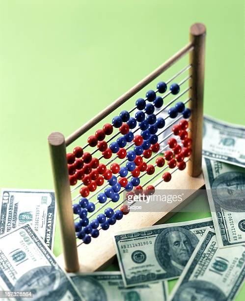 ábaco en dollar bills - charity benefit fotografías e imágenes de stock