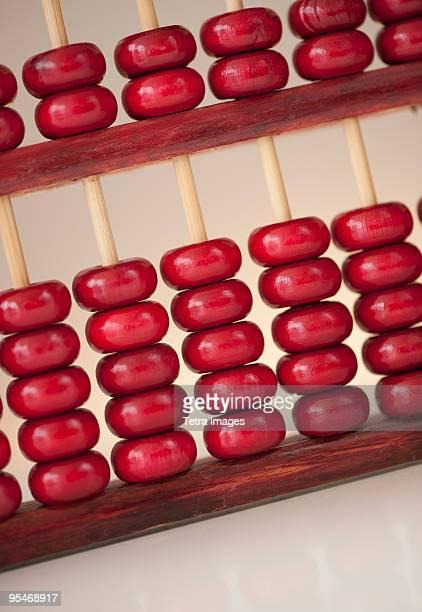 abacus - signo de más fotografías e imágenes de stock