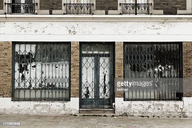 abandoned and destroyed shop - abandoned stock pictures, royalty-free photos & images