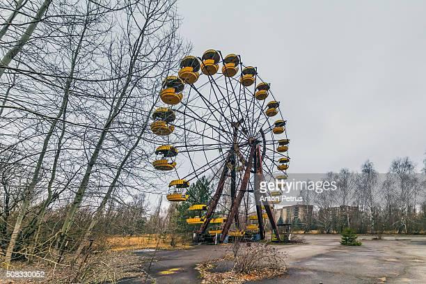 abandoned attraction in the chernobyl zone,pripyat - chernobyl fotografías e imágenes de stock