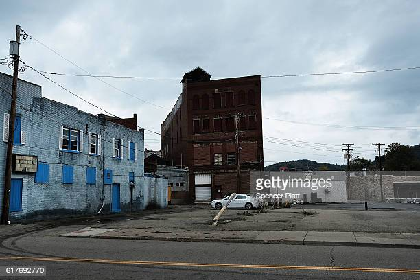 Abandoned buildings stand downtown on October 24 2016 in East Liverpool Ohio East Liverpool once prosperous from steel mills and a vibrant ceramics...