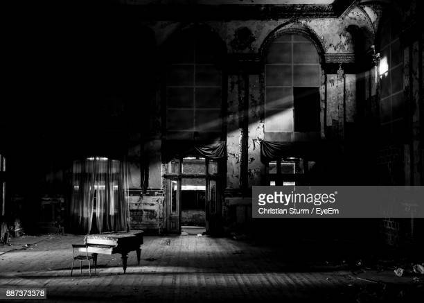 abandoned concert hall - concert hall stock pictures, royalty-free photos & images