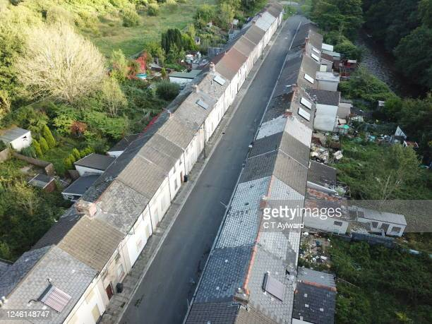 abandoned derelict street awaiting demolition - aberfan stock pictures, royalty-free photos & images