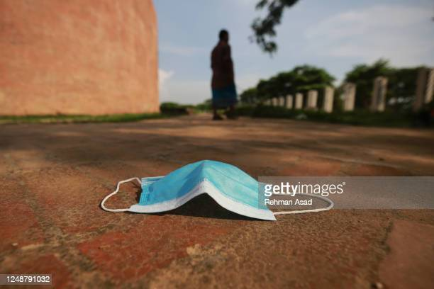 abandoned face mask - bangladesh stock pictures, royalty-free photos & images