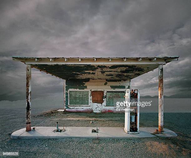 Abandoned Gas Station, Niland CA