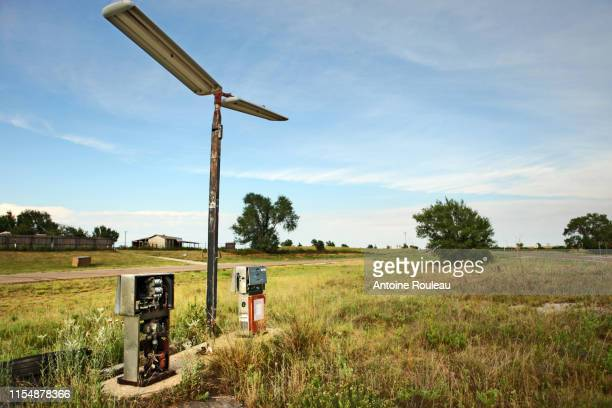abandoned gas station - abandoned stock pictures, royalty-free photos & images