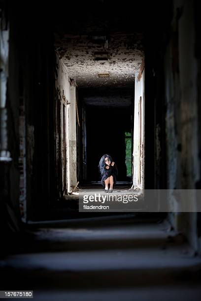 abandoned girl - kidnapping stock pictures, royalty-free photos & images