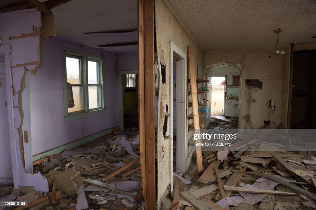 Abandoned house inside at Galata, Montana, USA : Stock Photo