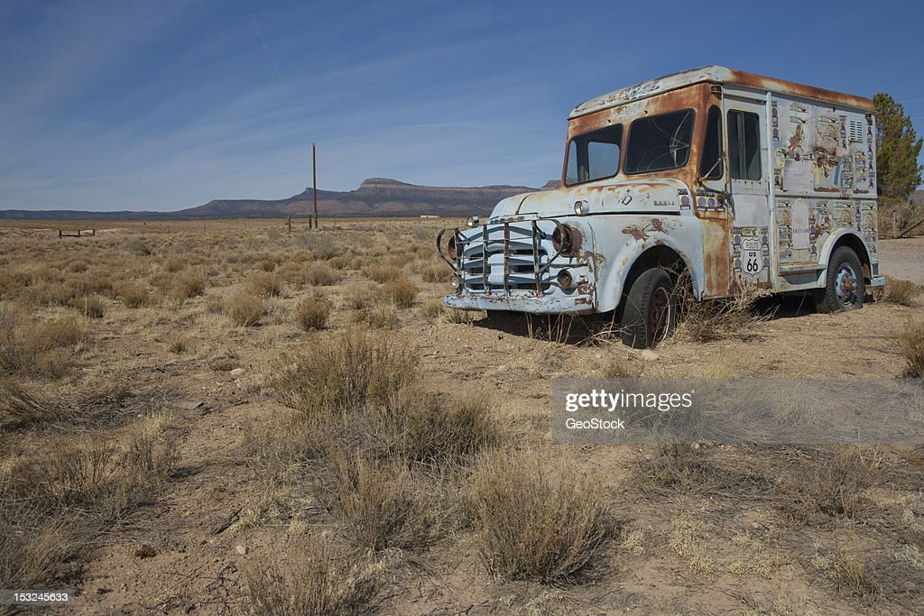 Abandoned ice cream truck : Stock Photo