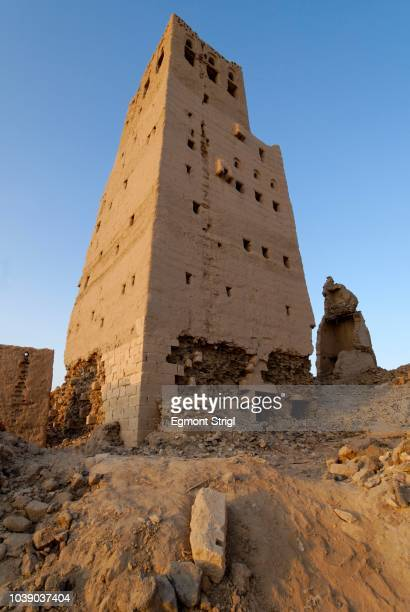 Abandoned loam or adobe house in the historic town centre of Marib, Yemen, Arabian Peninsula, the Middle East, Arabia