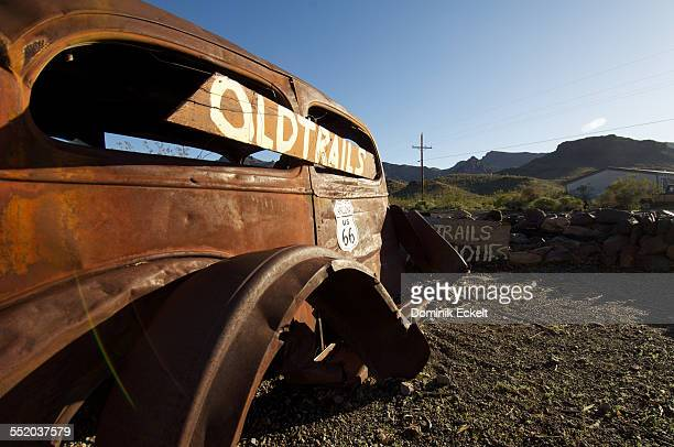 abandoned oldtimer on route 66 - junkyard stock photos and pictures