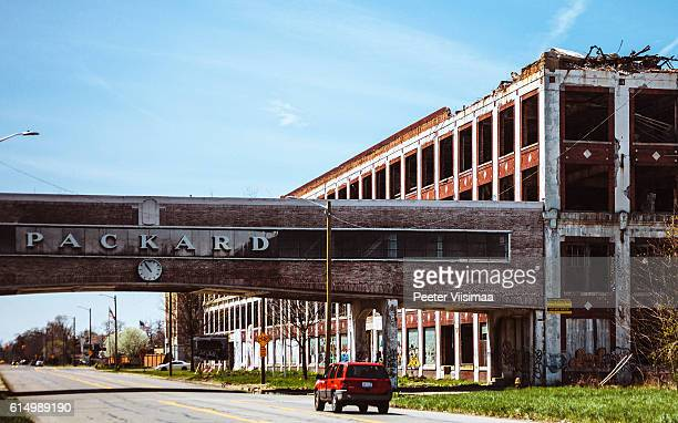 abandoned packard plant in detroit. - abandoned car stock photos and pictures