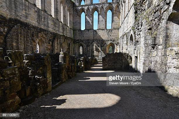 abandoned rievaulx abbey on sunny day - rievaulx abbey stock pictures, royalty-free photos & images