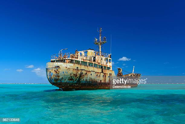 abandoned ship - turks and caicos islands stock pictures, royalty-free photos & images
