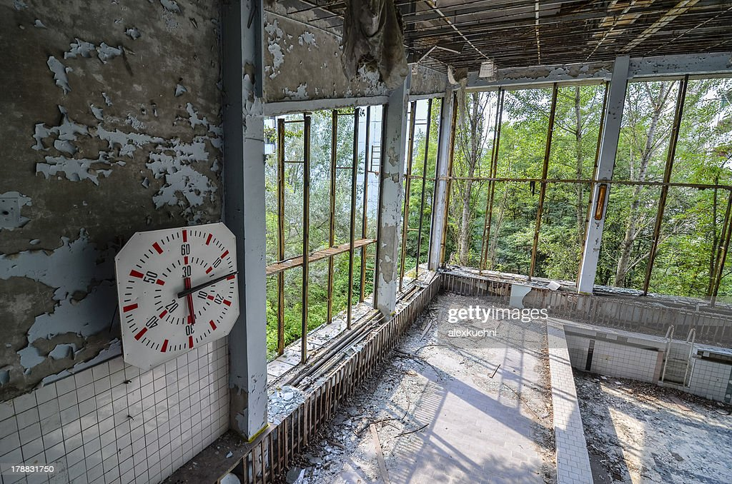Abandoned Swimming Pool Pripyat Chernobyl High Res Stock Photo Getty Images