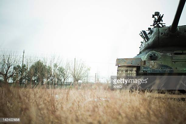abandoned tank - artillery stock pictures, royalty-free photos & images