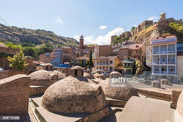 abanotubani is the ancient district of tbilisi, georgia - georgië zuidelijke kaukasus stockfoto's en -beelden