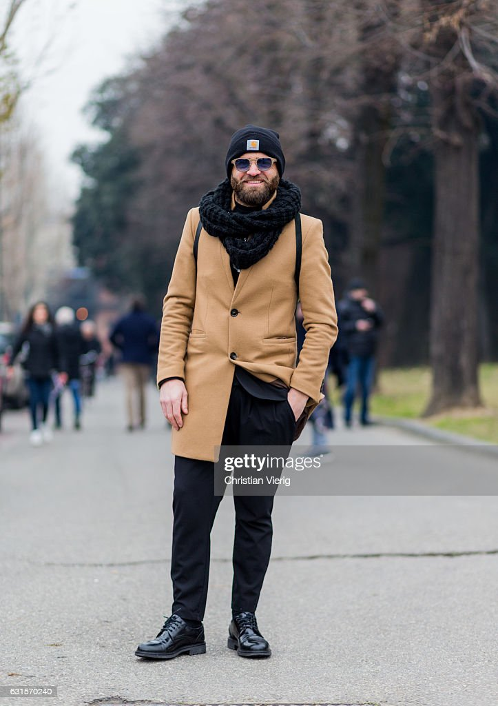 Abbate Bruno is wearing a Carhartt beanie 4ed97c905b1