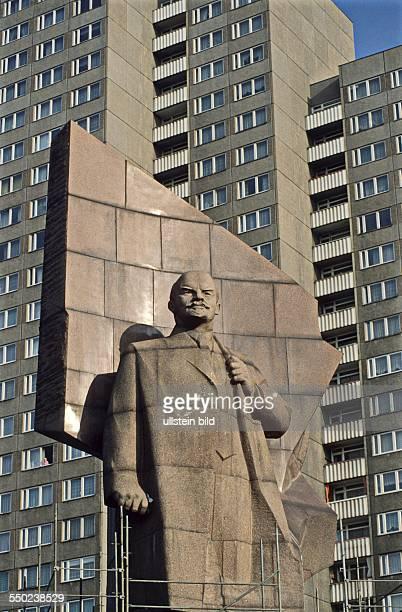 Abbau des Lenindenkmals am Leninplatz