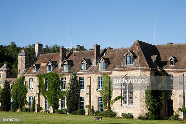 abbey - yvelines stock pictures, royalty-free photos & images
