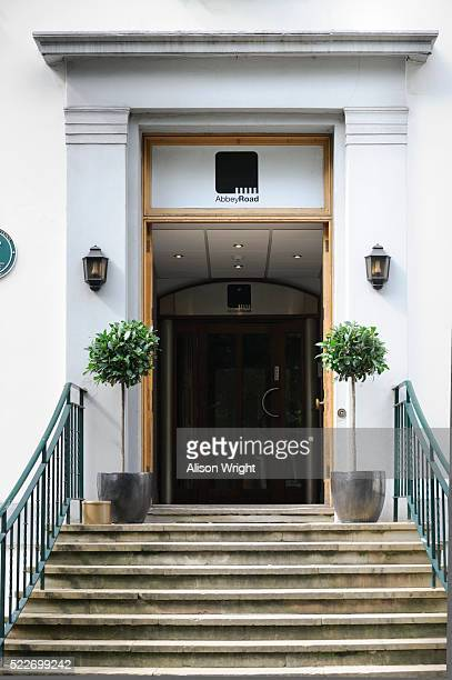 abbey road studios - abbey road stock pictures, royalty-free photos & images